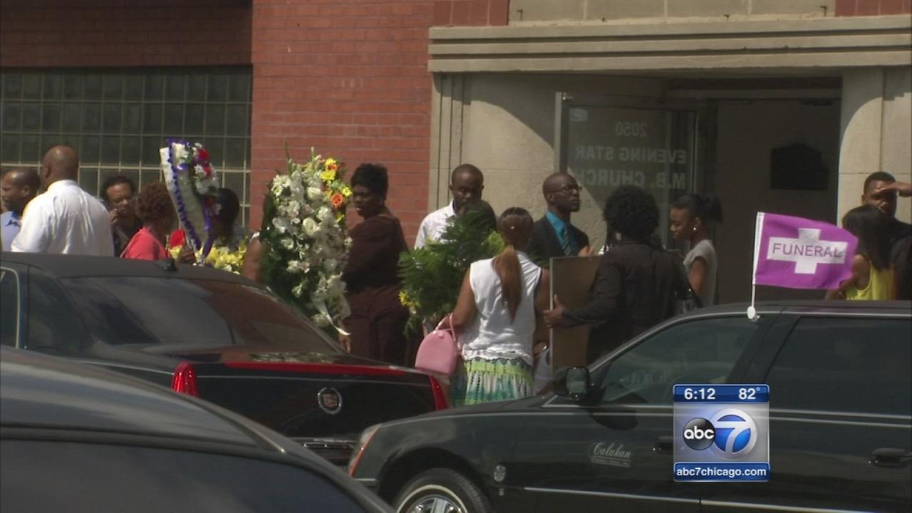 Funeral held for Antonio Smith, 9-year-old shot in Grand Crossing