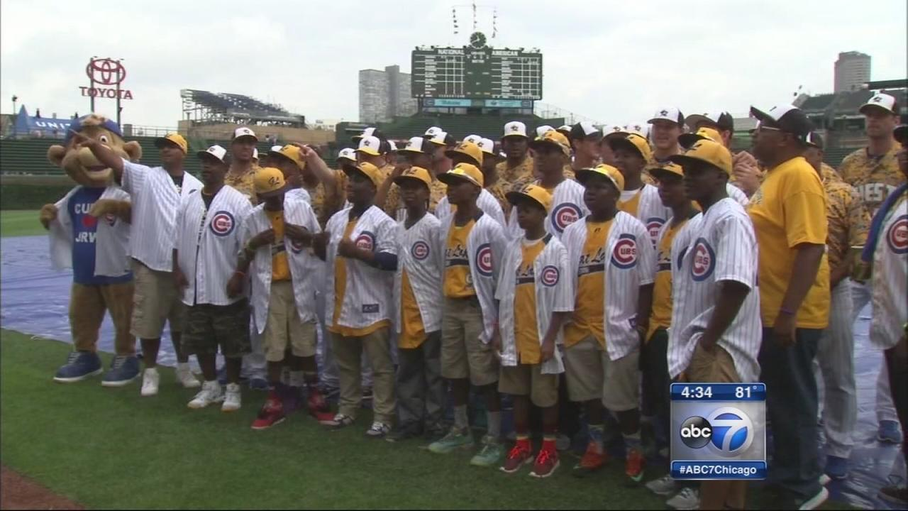 Jackie Robinson West All-Stars honored by Chicago Cubs at Wrigley Field