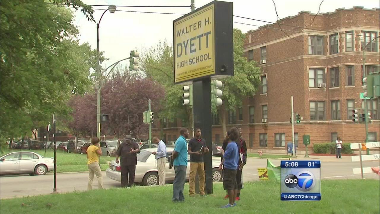 Chicago students return to school on Tuesday