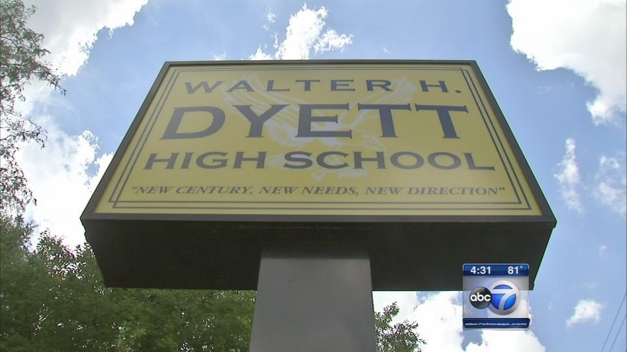 12 students at Dyett HS