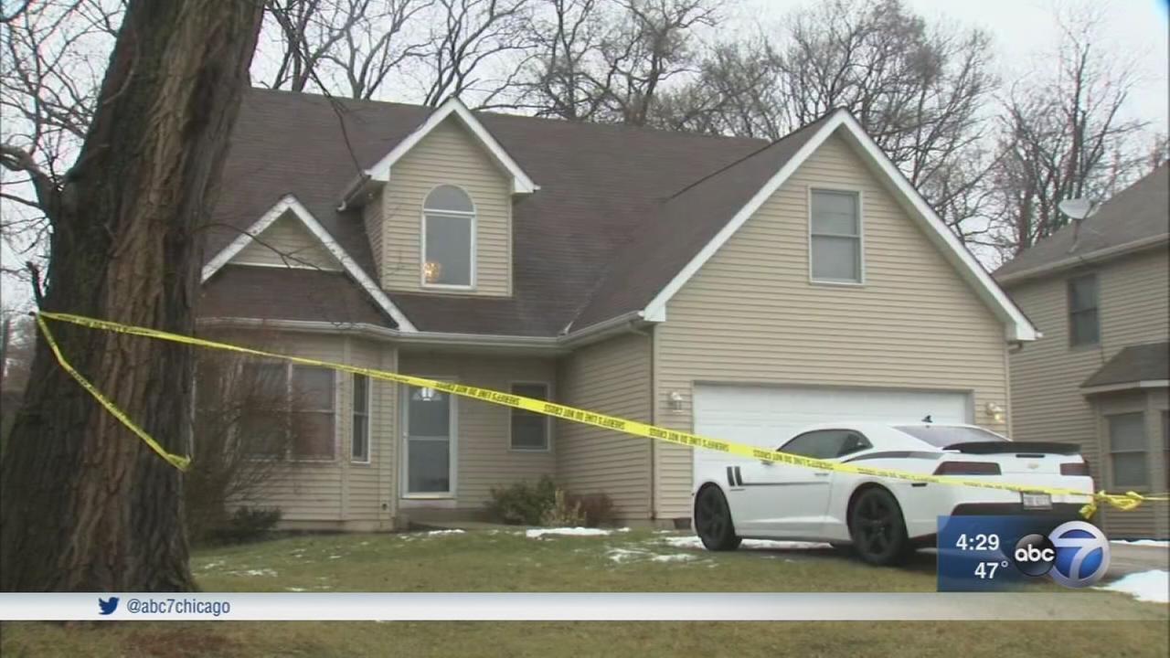 Downers Grove teen stabbed mother, neighbors say