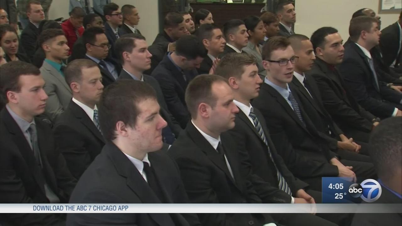 Mayor Emanuel welcomes new CPD recruits