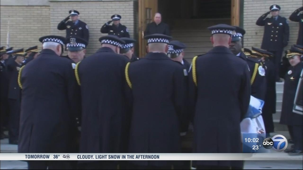 Visitation held for slain Chicago police commander Friday
