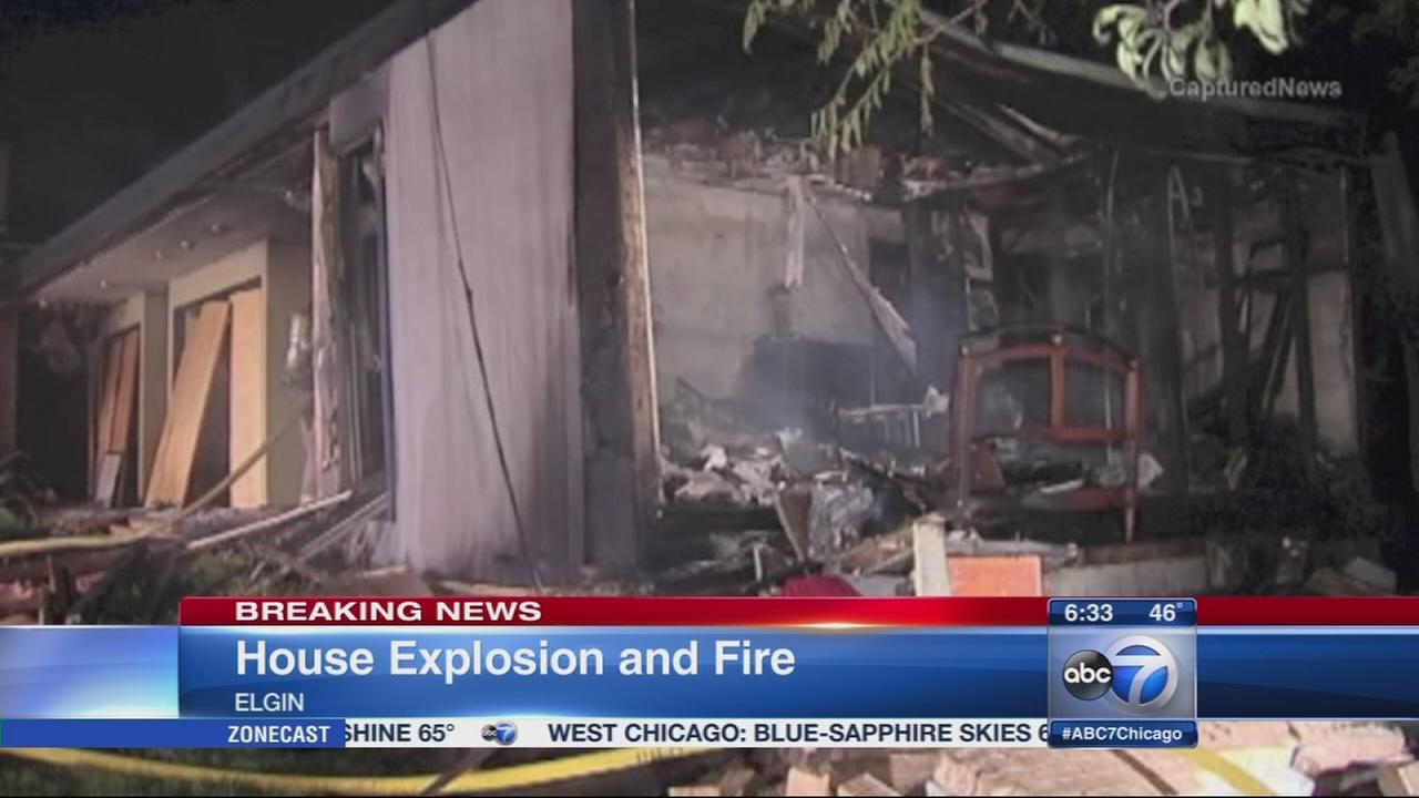 1 hurt in Elgin house explosion