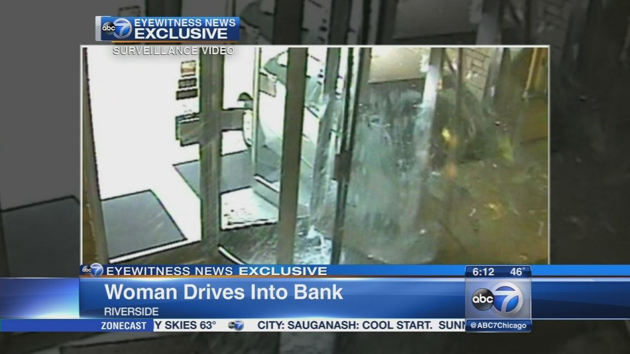 Car crashes into Riverside bank
