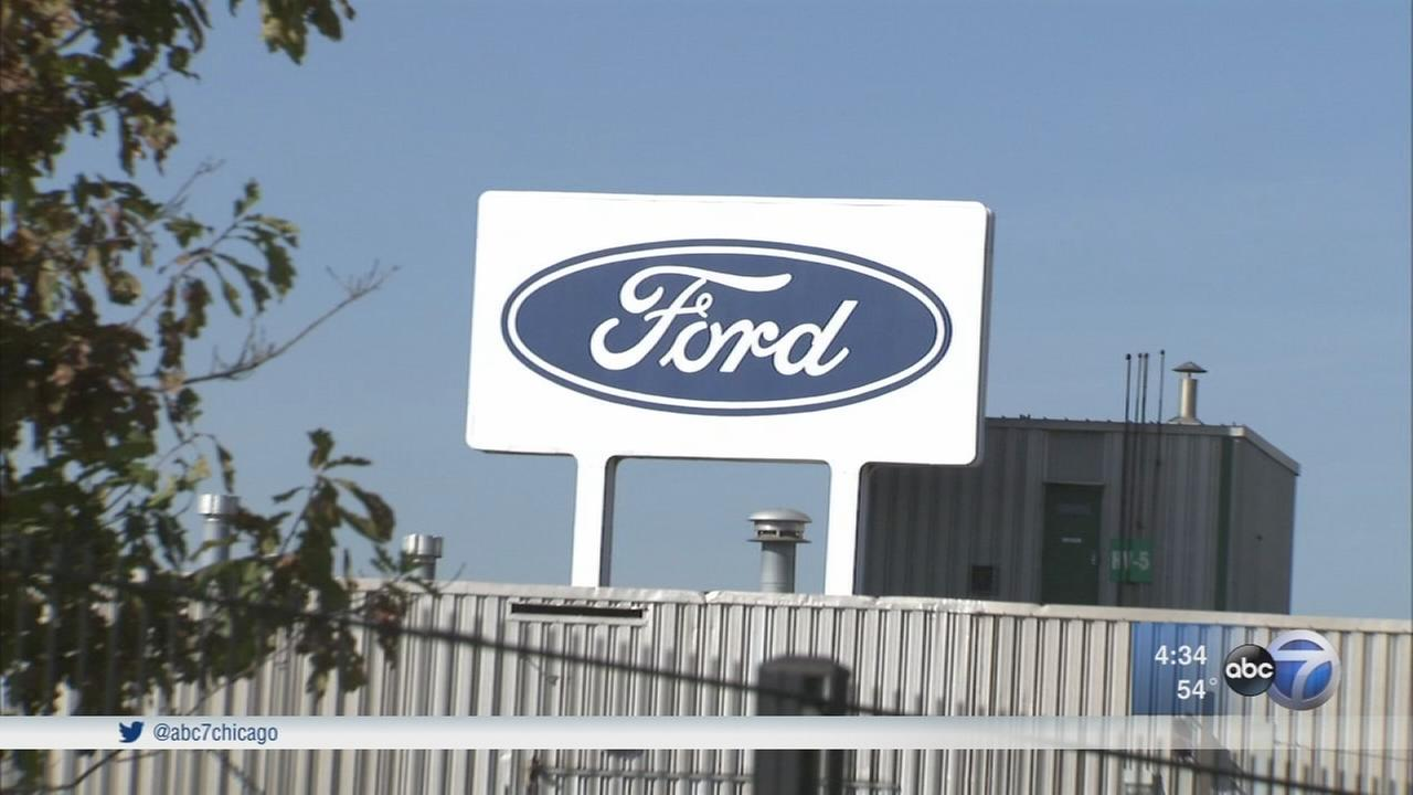 Women testify about harassment at Ford plants in Chicago