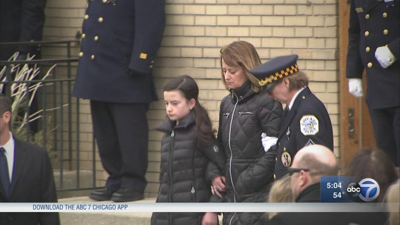 Cmdr. Bauers widow releases emotional letter thanking city
