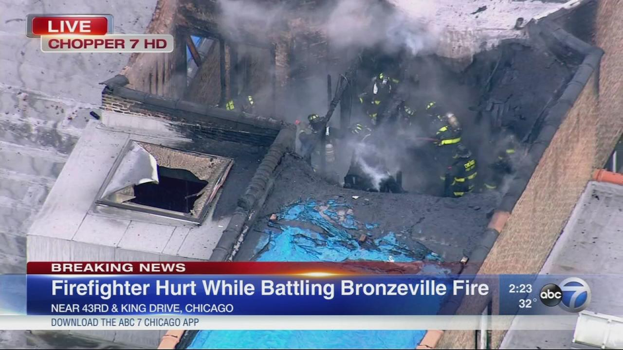 Chicago firefighter injured while battling blaze