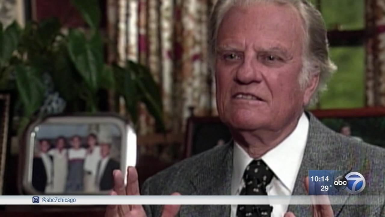 Billy Graham, evangelist who reached millions, dies at 99