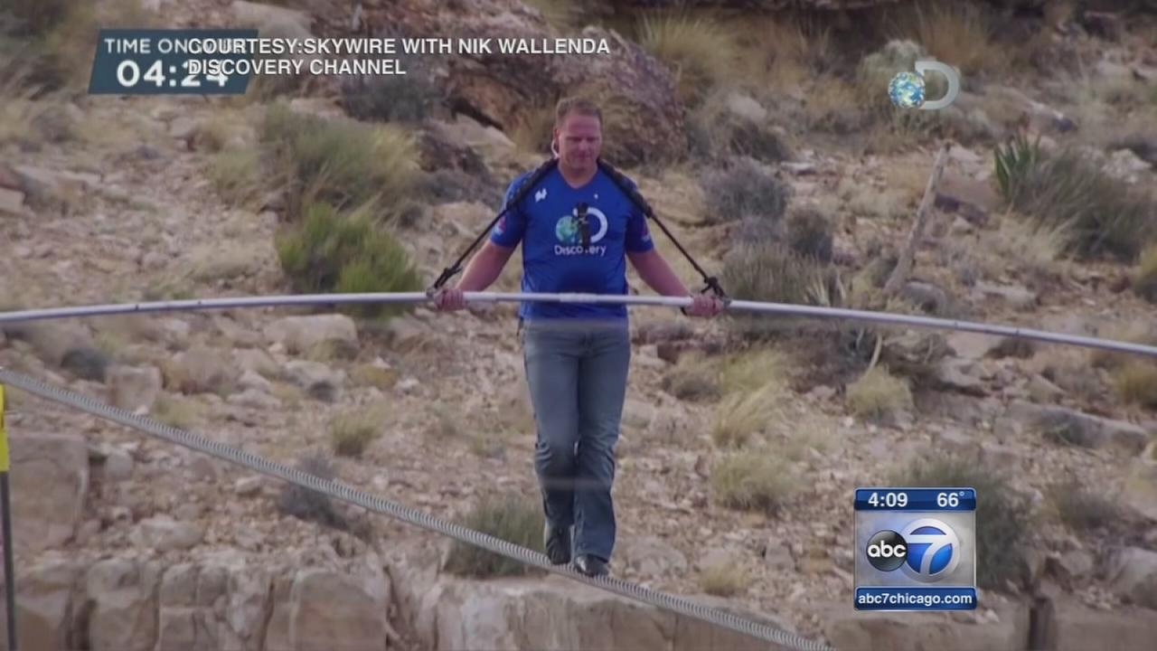 Nik Wallenda to walk tightrope over Chicago River