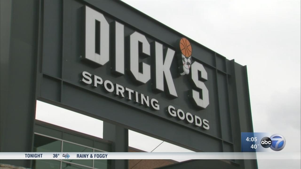 Dicks Sporting Goods to stop selling assault-style rifles