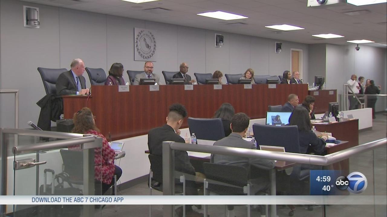 CPS board votes to close 4 Englewood schools