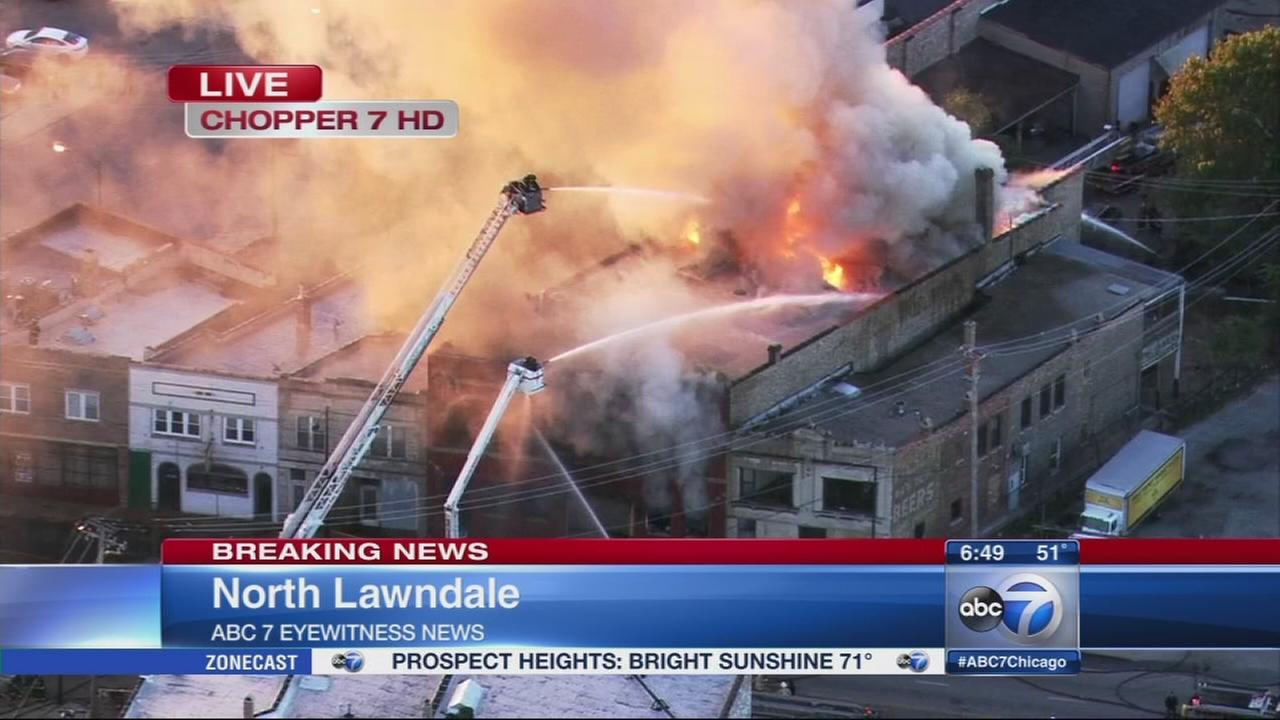 Crews fight 3-alarm building fire in North Lawndale
