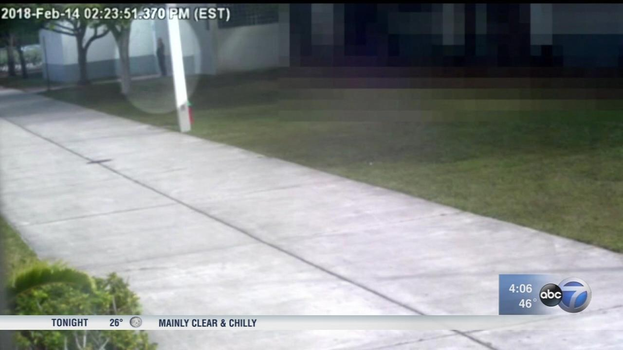 Video shows deputy outside Stoneman Douglas High School during massacre