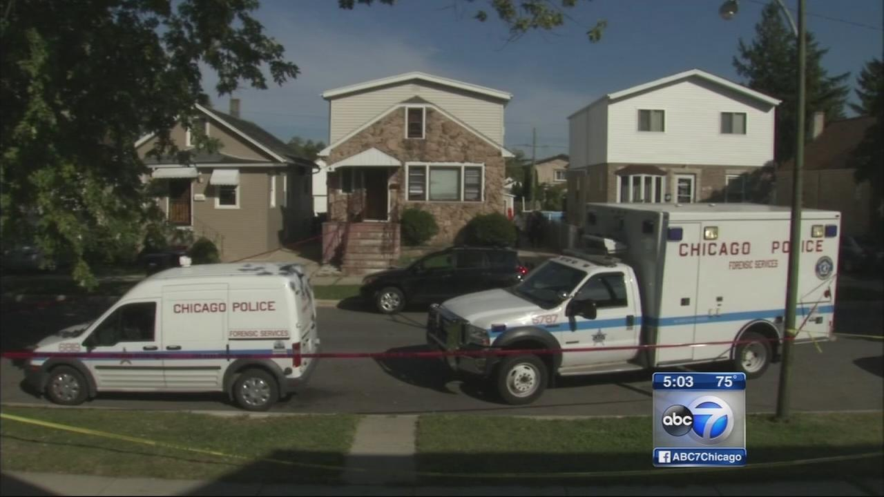 Adult, child found dead in Northwest Side residence