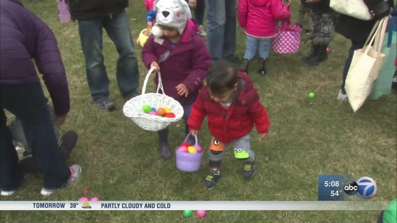 Chicagoans celebrate Easter amid cold weather