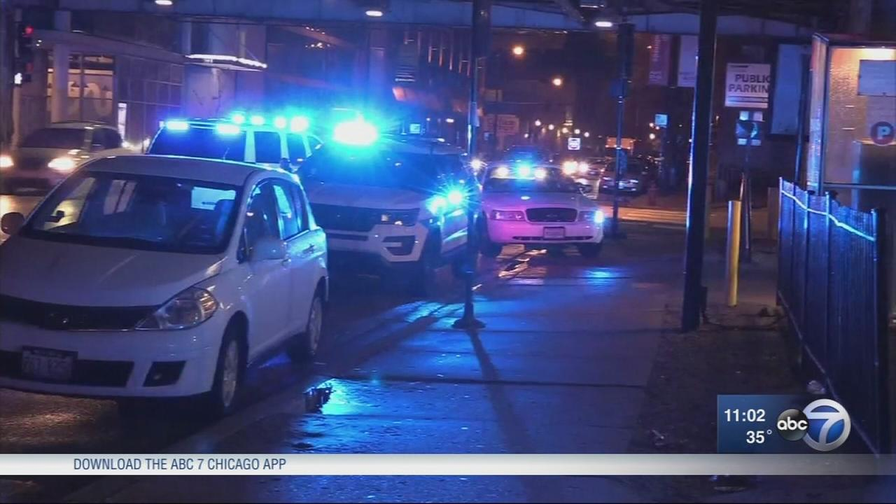 6 in custody after 2 violent downtown robberies