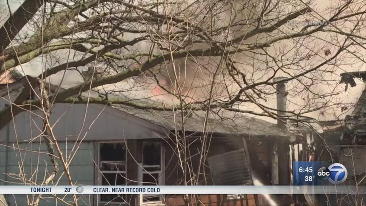 1 dead after Glen Ellyn house fire