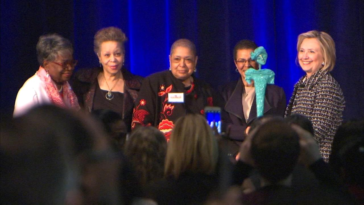 Hillary Clinton encourages black women to run for office at Chicago fundraiser