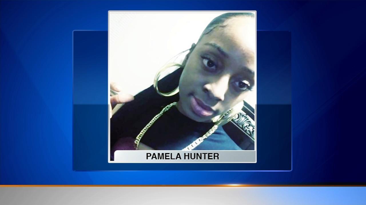 Woman, 28, found shot to death, child injured in Gary