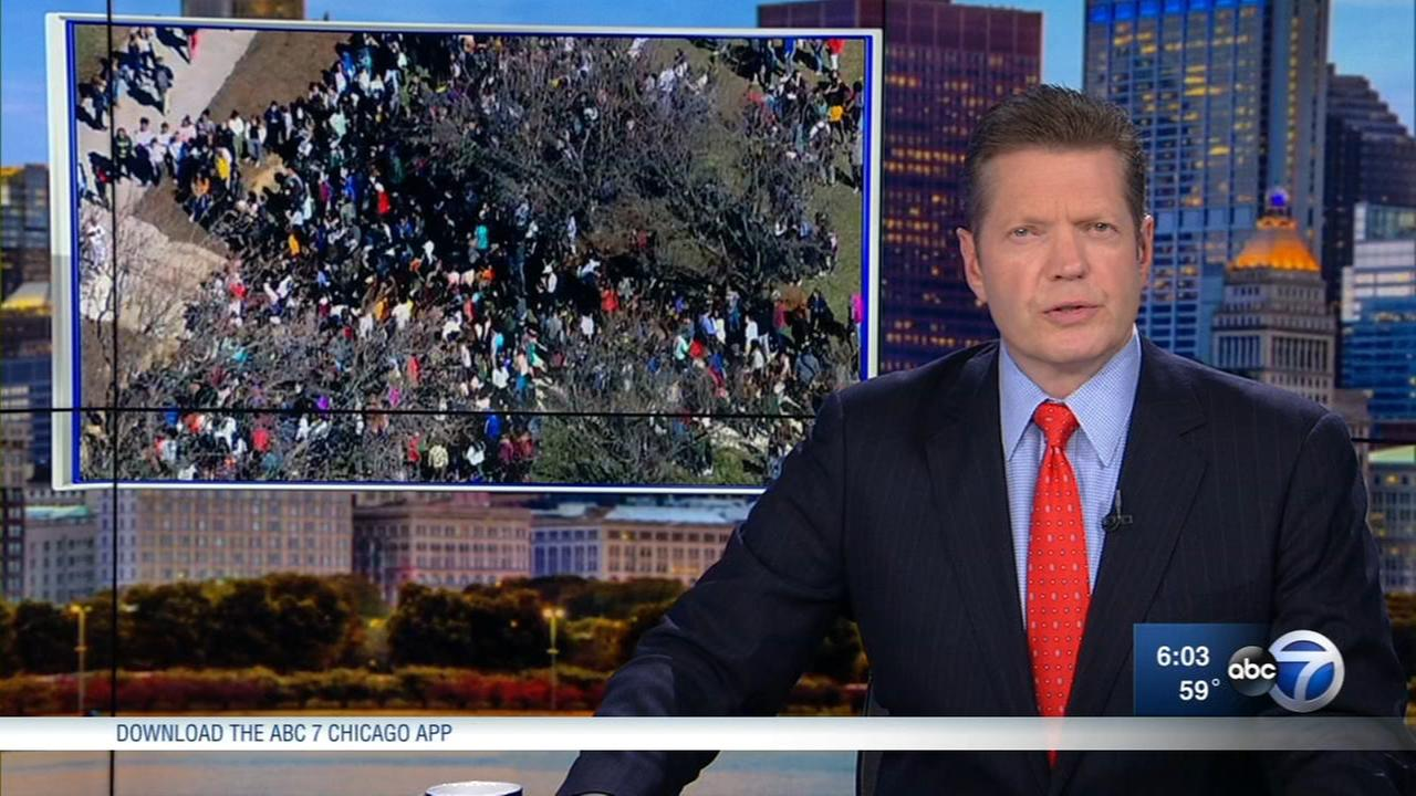 Chicago students participate in nationwide walkouts