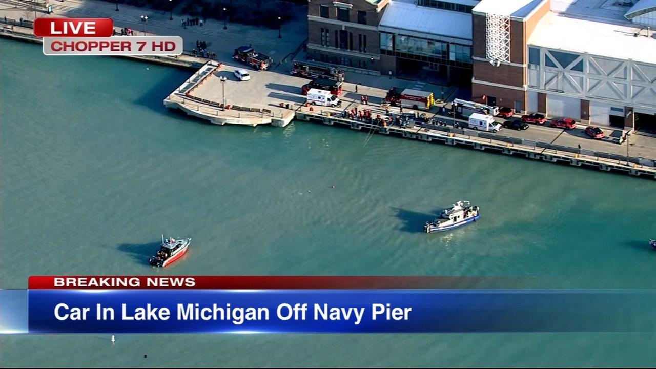 Car goes into Lake Michigan near Navy Pier, rescue underway