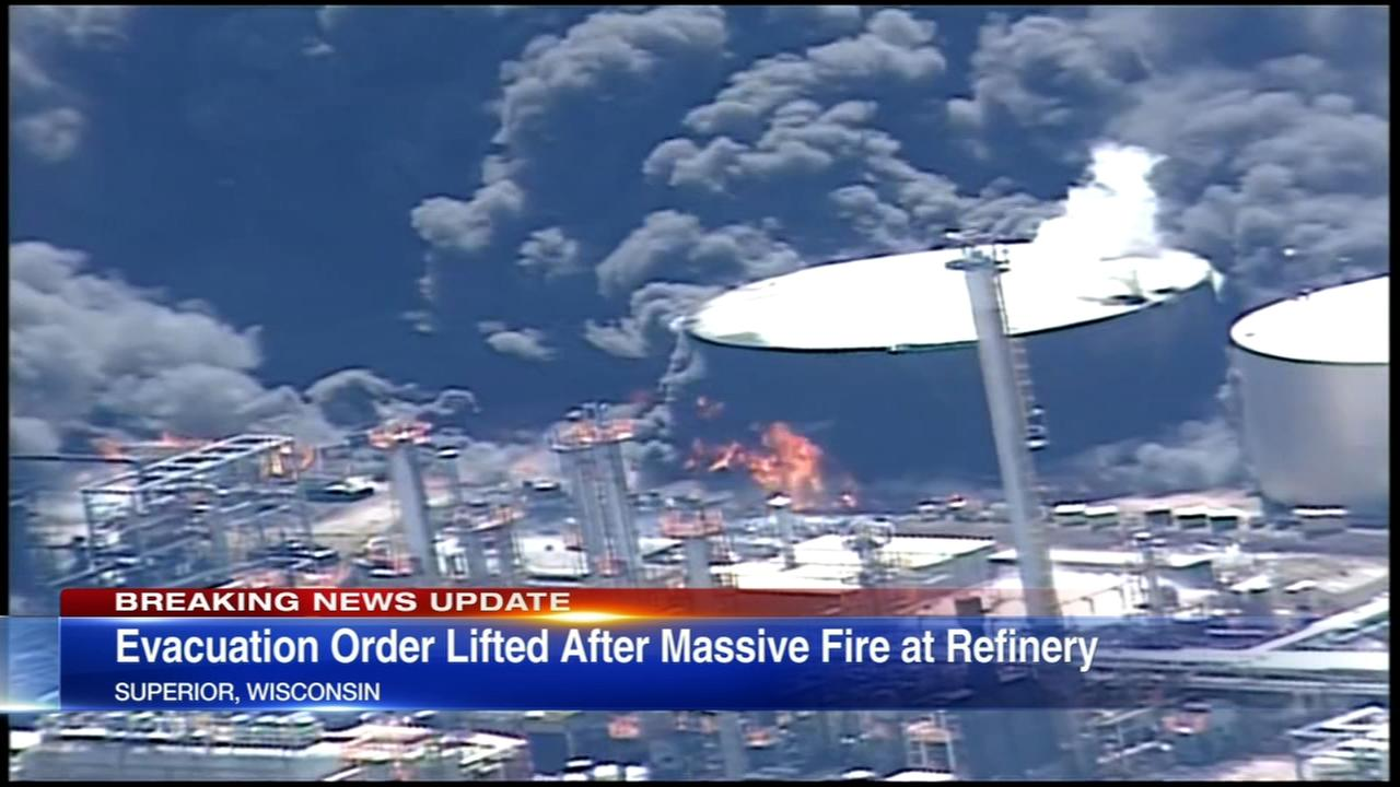 Evacuation order lifted after Wis. refinery fire