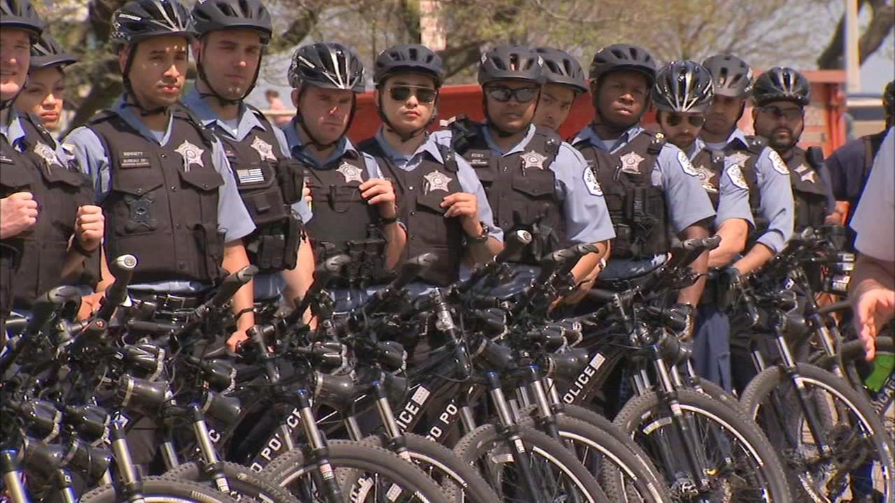 Chicago Police Department adds bike patrols