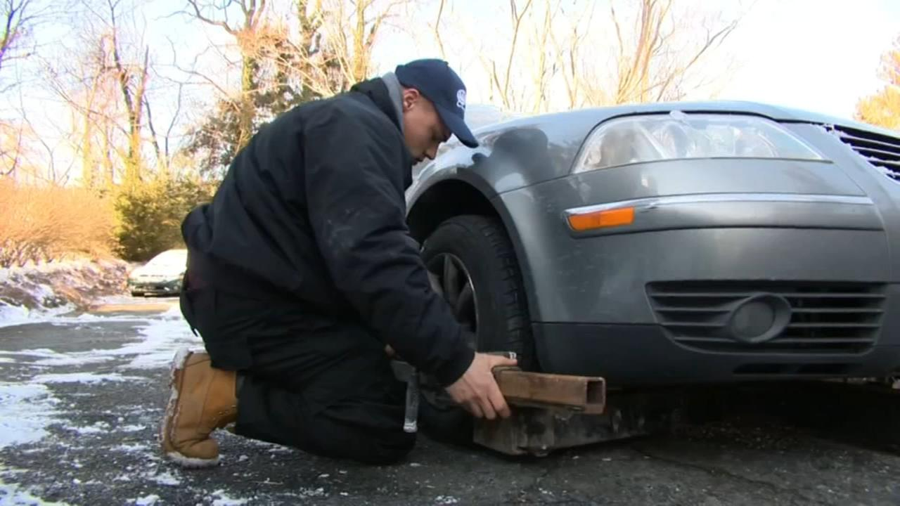 Consumer Reports: How to buy roadside assistance