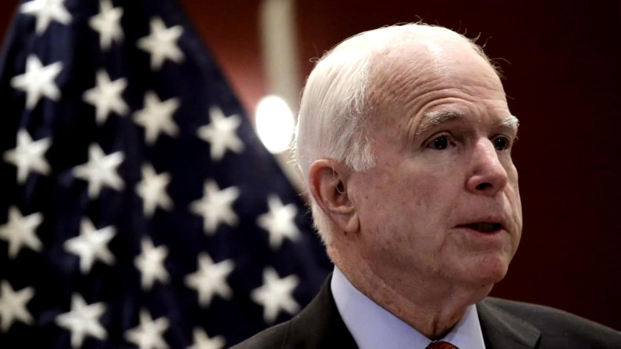 White House aide dismissed John McCain view, says hes dying anyway