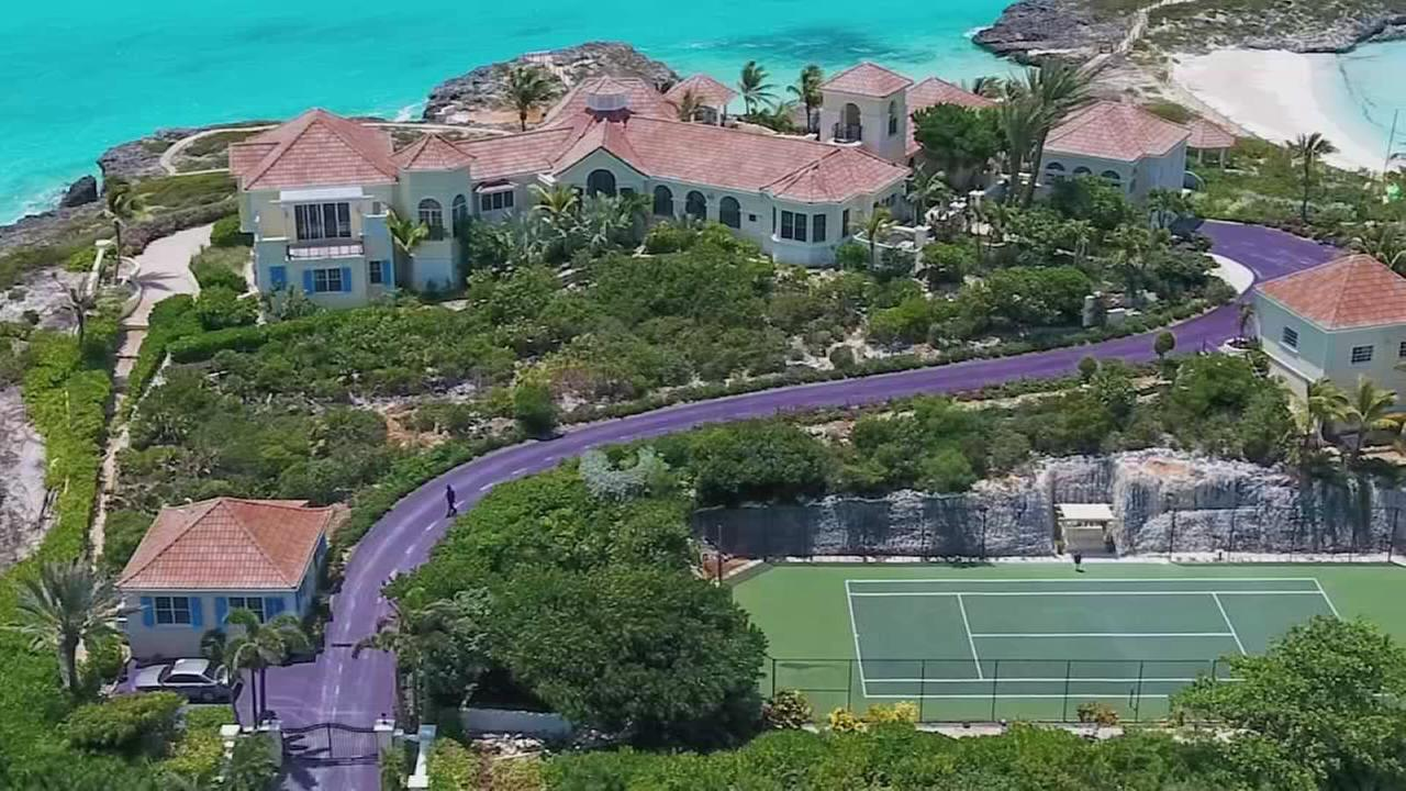 Princes Caribbean mansion is going to auction