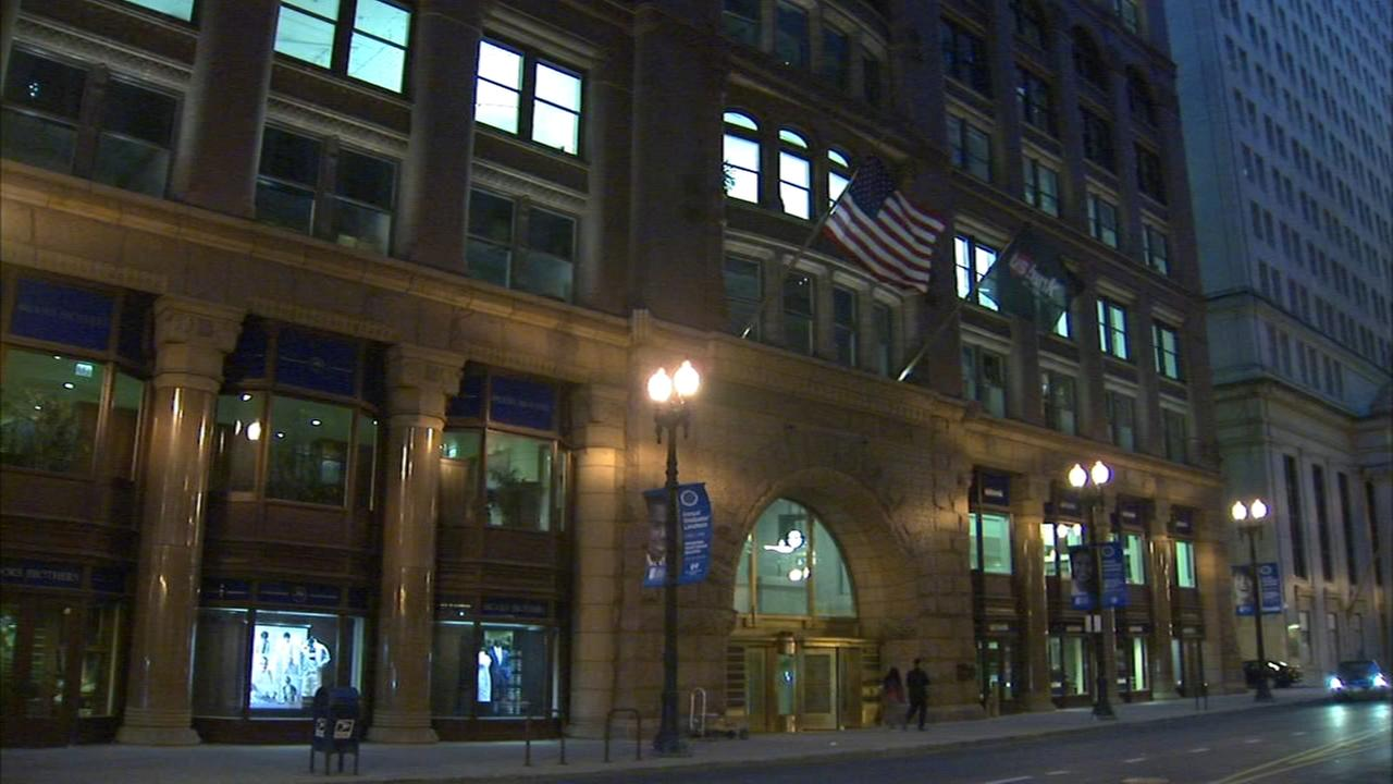 Woman sues Rookery security after man allegedly assaults her in Loop elevator