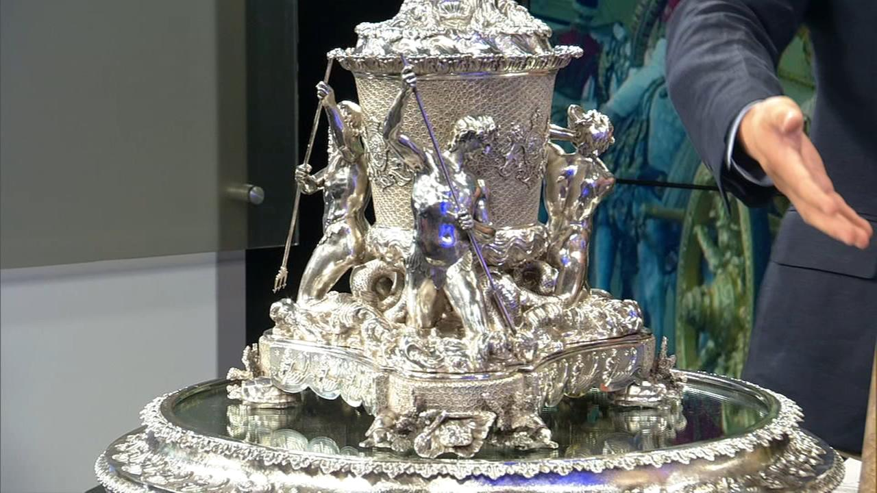 Millions in royal antiques on display in Chicago