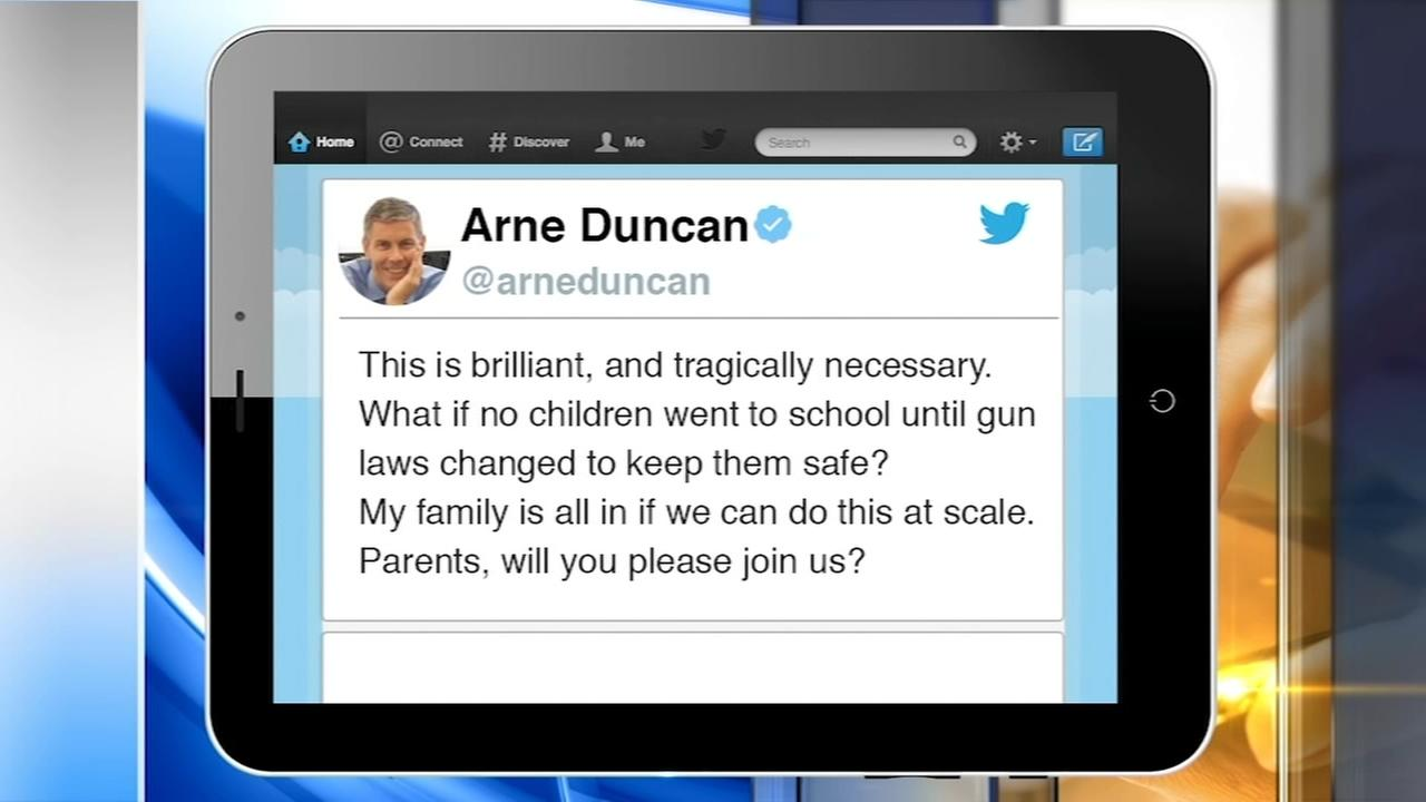 Arne Duncan tweets support for school boycott until gun laws change