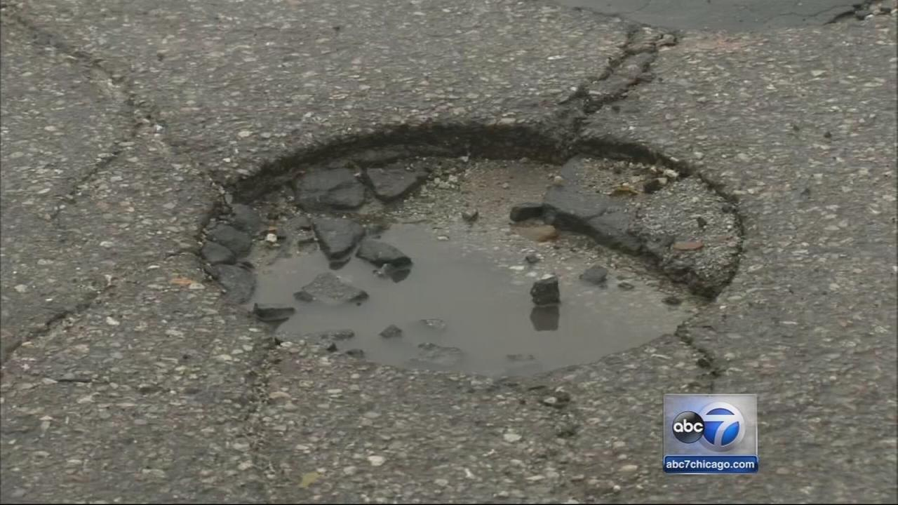 Emanuel aims to fill potholes all year long