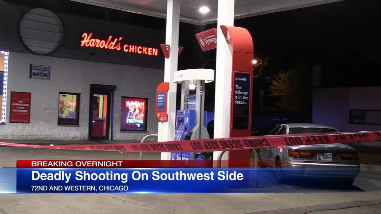 1 killed, 1 wounded in shooting outside SW Side restaurant