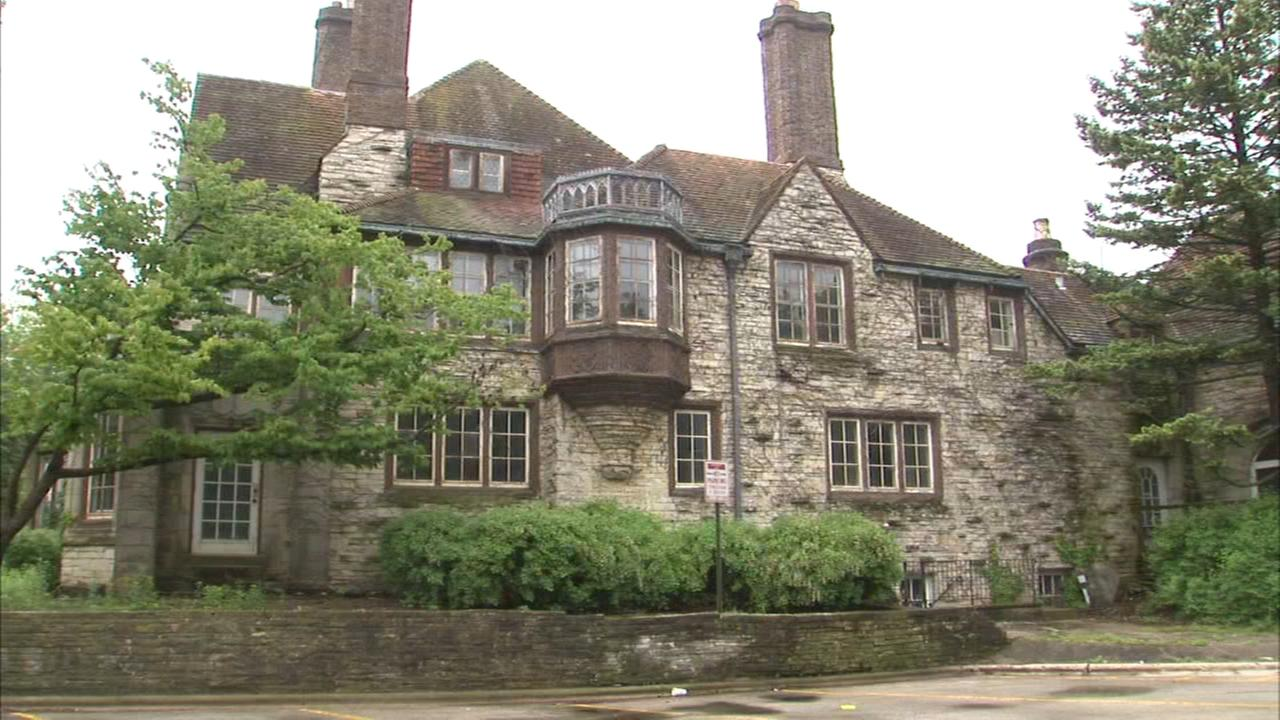 Activist hope to save historic Evanston mansion on lakefront