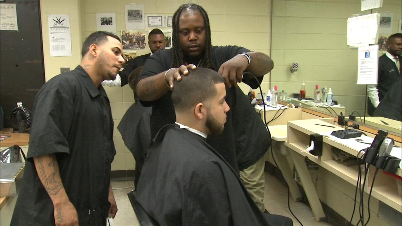 Cook County Jails barber school gives inmates a second chance