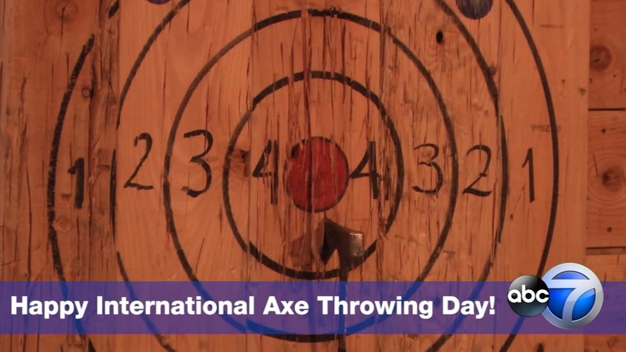 Free axe throwing in Lakeview, West Loop