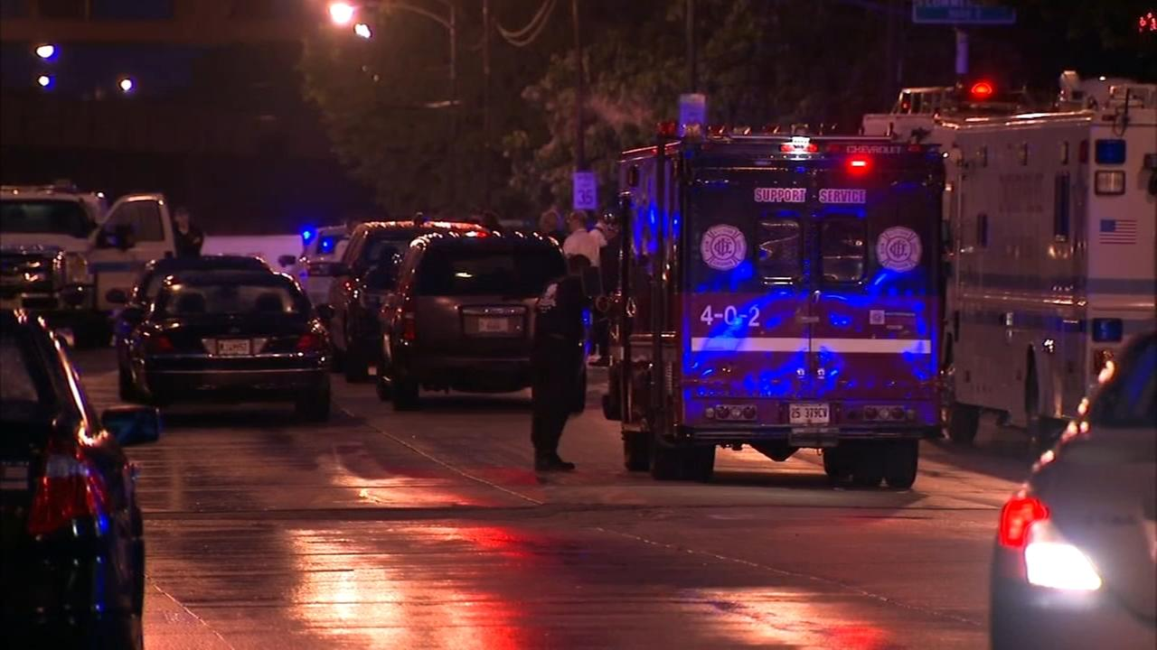 Police: Man kills self after being shot by police in SE Side barricade situation