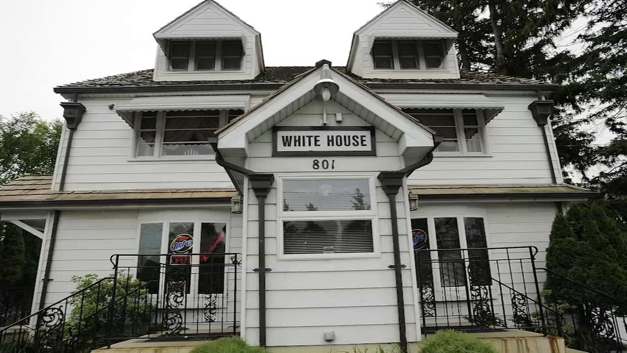 Daily Herald: Palatines White House Inn