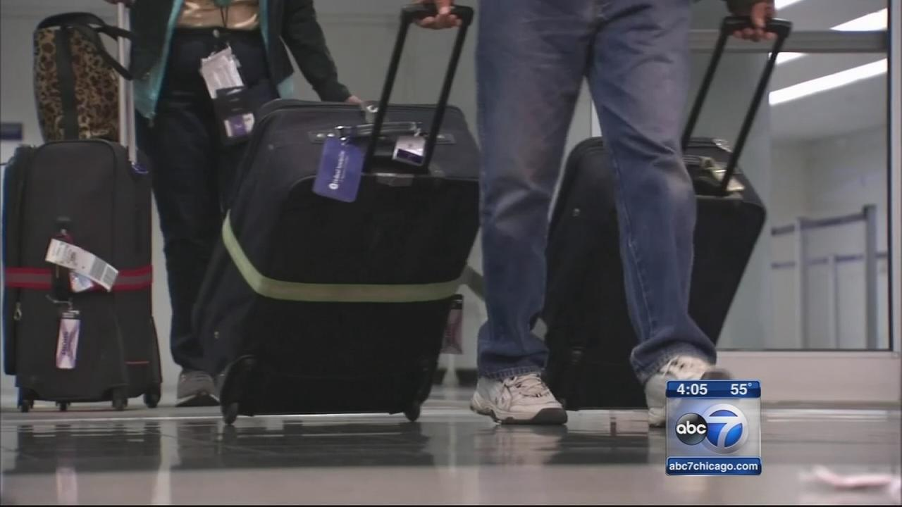 2 passengers from Liberia monitored in Chicago