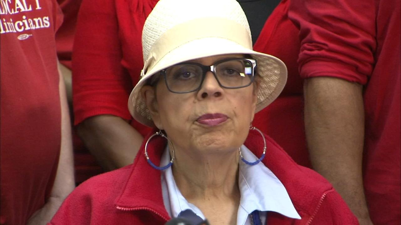 CTU President Karen Lewis files retirement papers