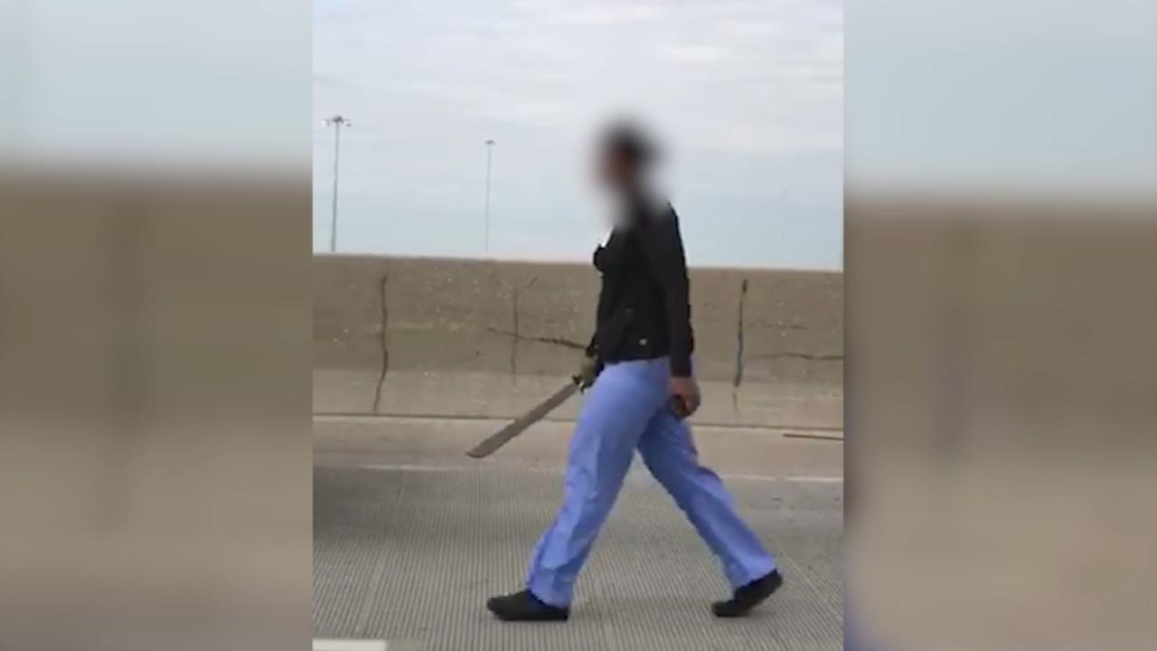 VIDEO: Woman wields machete after Dan Ryan hit-and-run crash