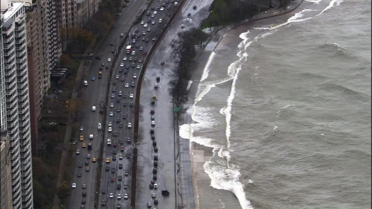 Time Lapse: Flooding on Lake Shore Drive