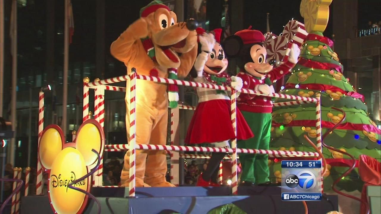 Magnificent Mile Lights Festival kicks off holiday season