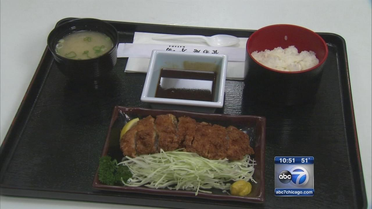 Mitsuwa Marketplace food court serves Japanese cuisine, more