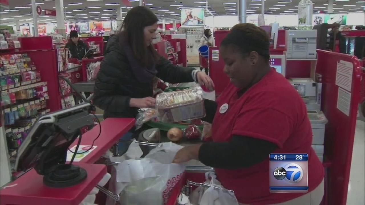 Shoppers, retailers prepare for holiday rush