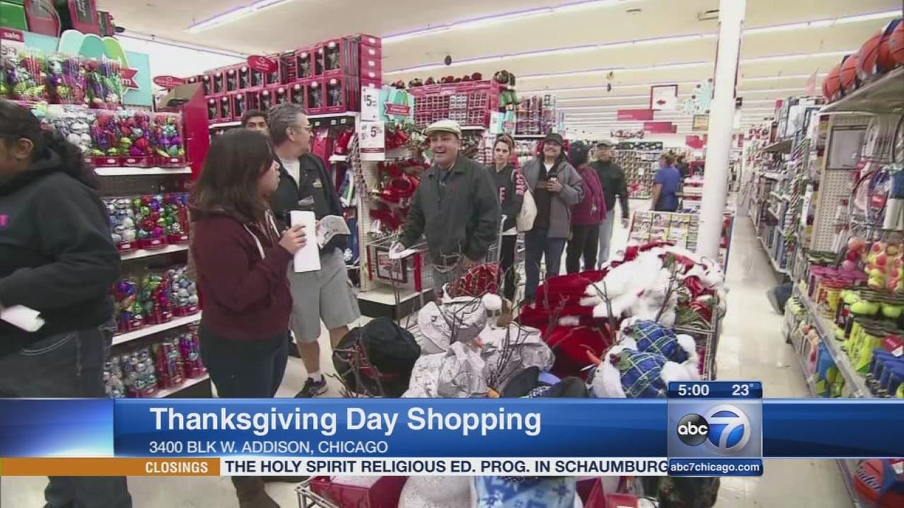 Thanksgiving shoppers hope to get big bargains