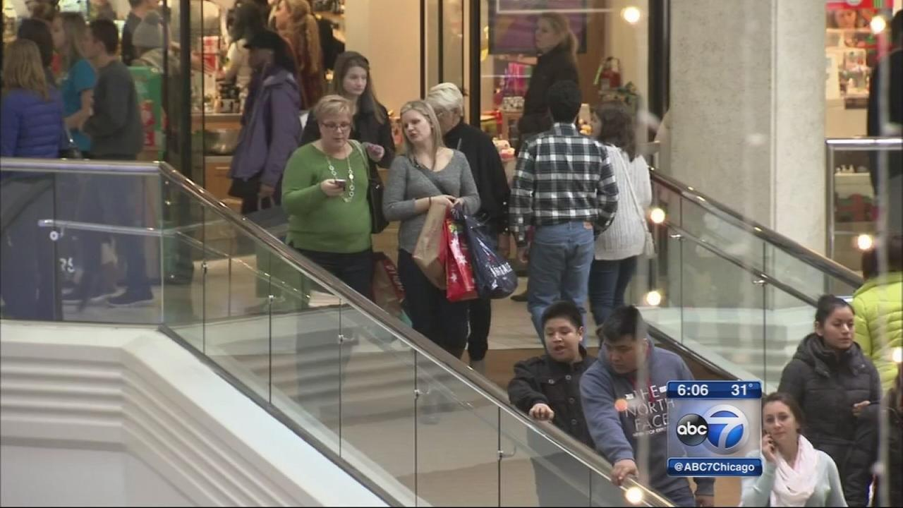 Black Friday shoppers descend on area malls
